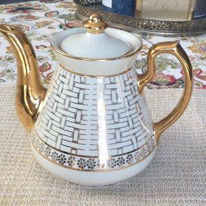 Vintage Hall gold trim Eva Zeisel 6 cup teapot